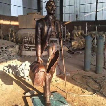 铭海铜师 商业人物雕塑作品 青铜人物雕塑工艺品厂家